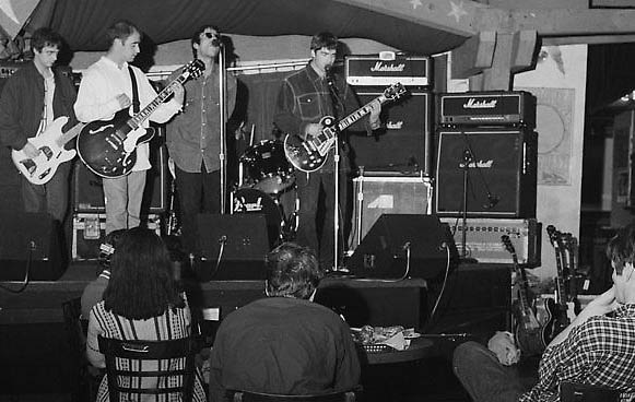 Keith Richards Telecaster >> The Manchester Bridge Club – The Rain (pre-Oasis) played their first gig here